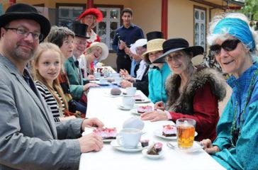 historische Kaffeetafel 2019, Foto Kunstverein